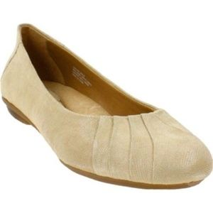 Earth Bellwether Mouton Pebble Suede Flats Sz 7
